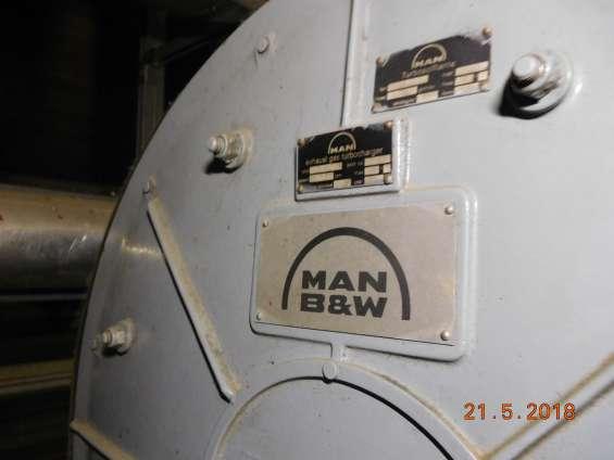 Fotos de Motor man con aceite vegetal de 2,7 mw y alternador hyundai 11