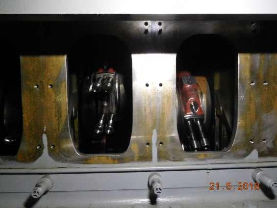 Fotos de Motor man con aceite vegetal de 2,7 mw y alternador hyundai 13