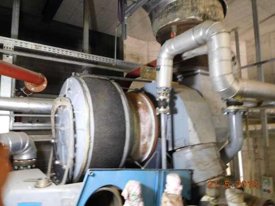 Fotos de Motor man con aceite vegetal de 2,7 mw y alternador hyundai 10